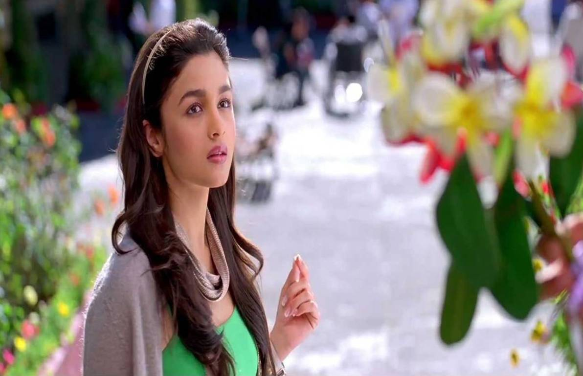 Alia Bhatt in Student of the Year Wallpapers HD Wallpapers - alia bhatt in student of the year wallpapers