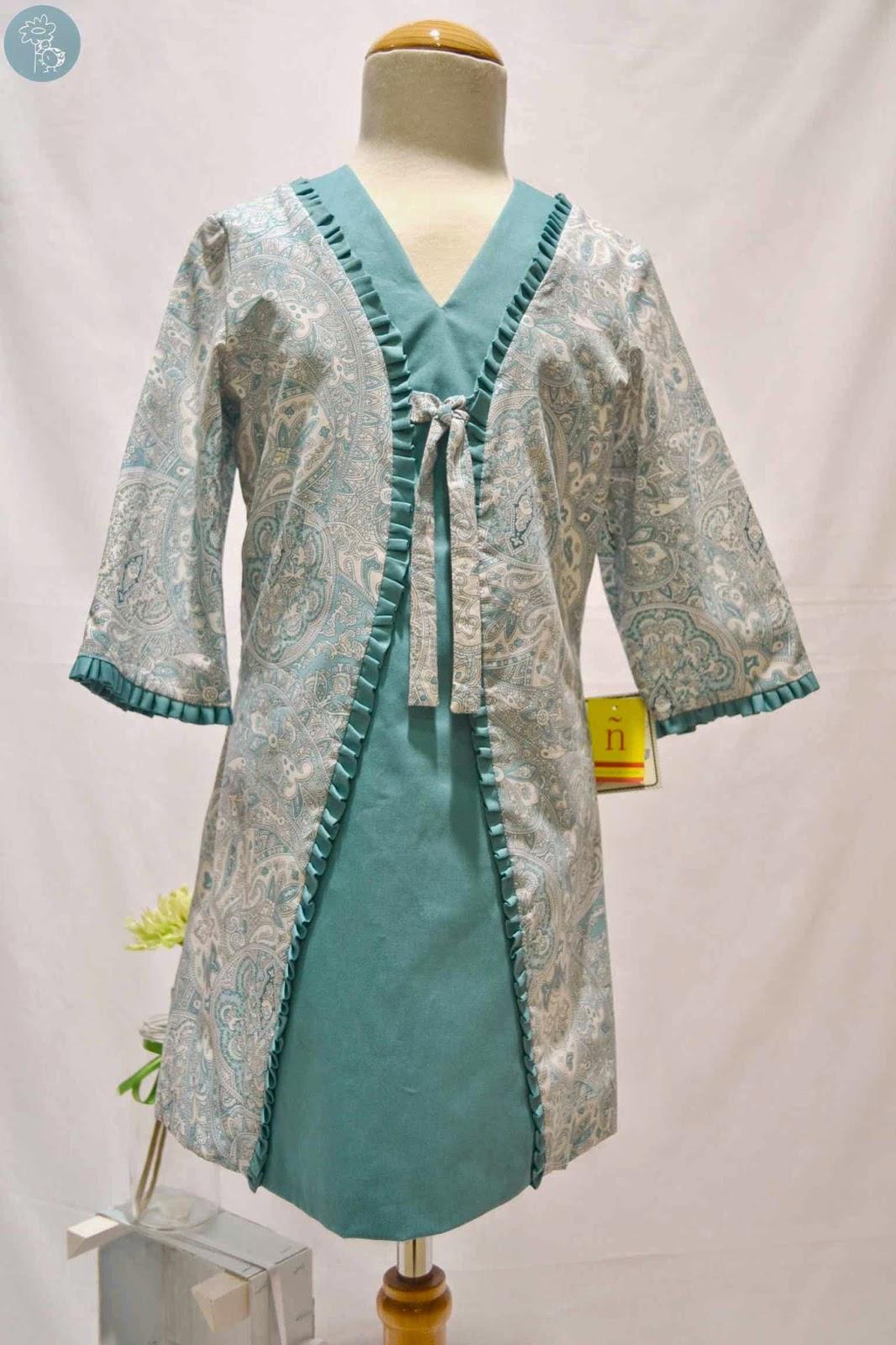 Vestido Nekenia en tienda y blog Retamal moda infantil
