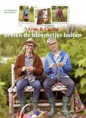 Arne &amp; Carlos Breien de bloemetjes buiten