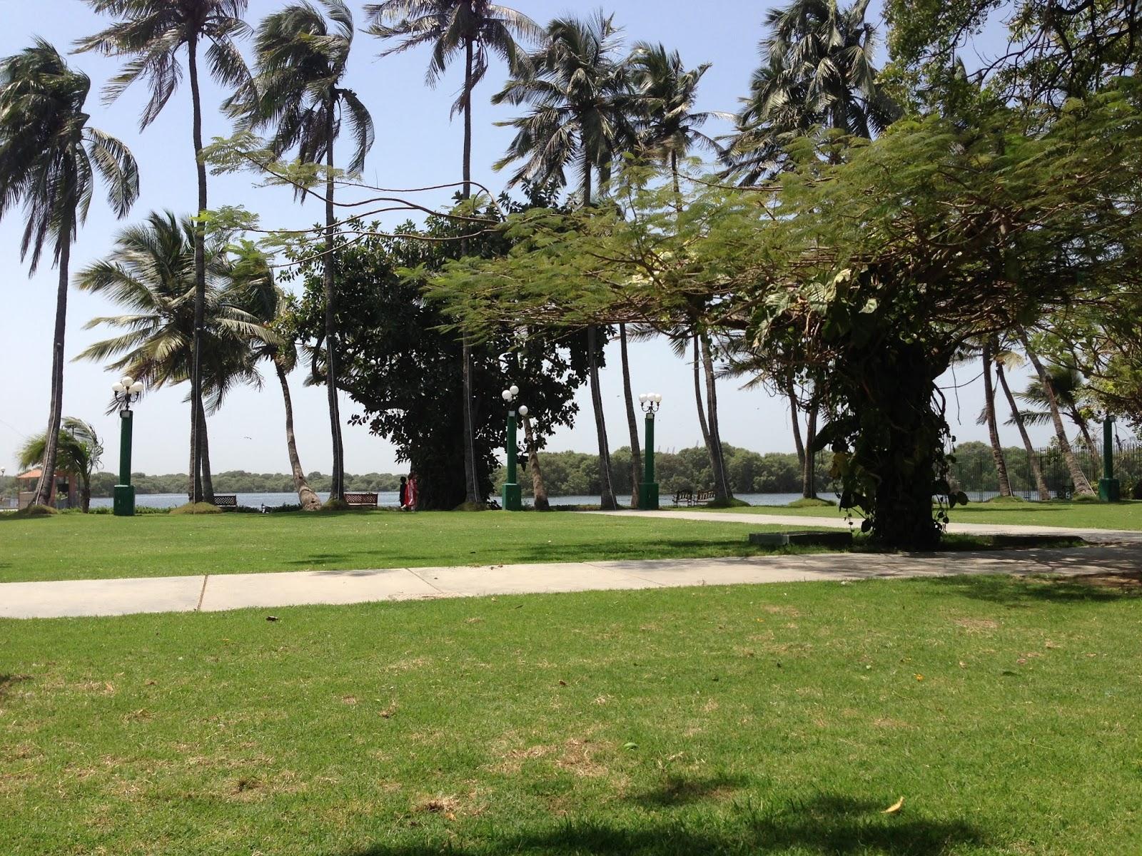 Karachi Eating Out: Garden Terrace Restaurant, Beach Luxury Hotel ...
