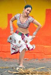 Tamanna Latest hot milky Navel show