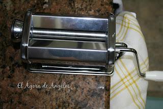 pasta fresca con máquina