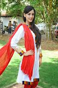Kanika Kapoor latest photos-thumbnail-13