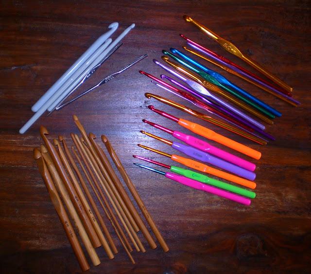 bamboo crochet hooks plastic metallic