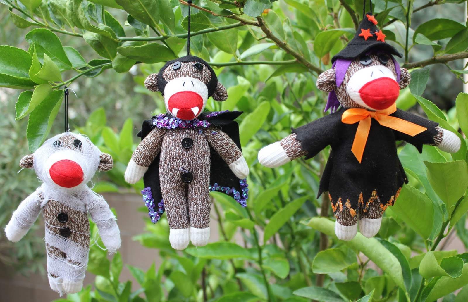 our epic sock monkey christmas: {even more} halloween sock monkey