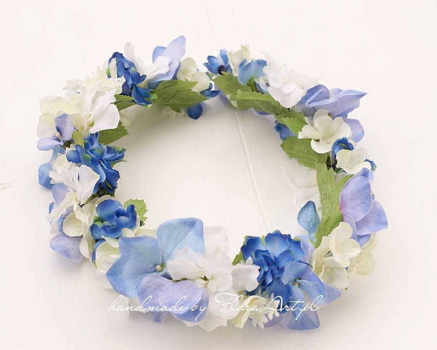 Niebieski wianek dla Panny Młodej