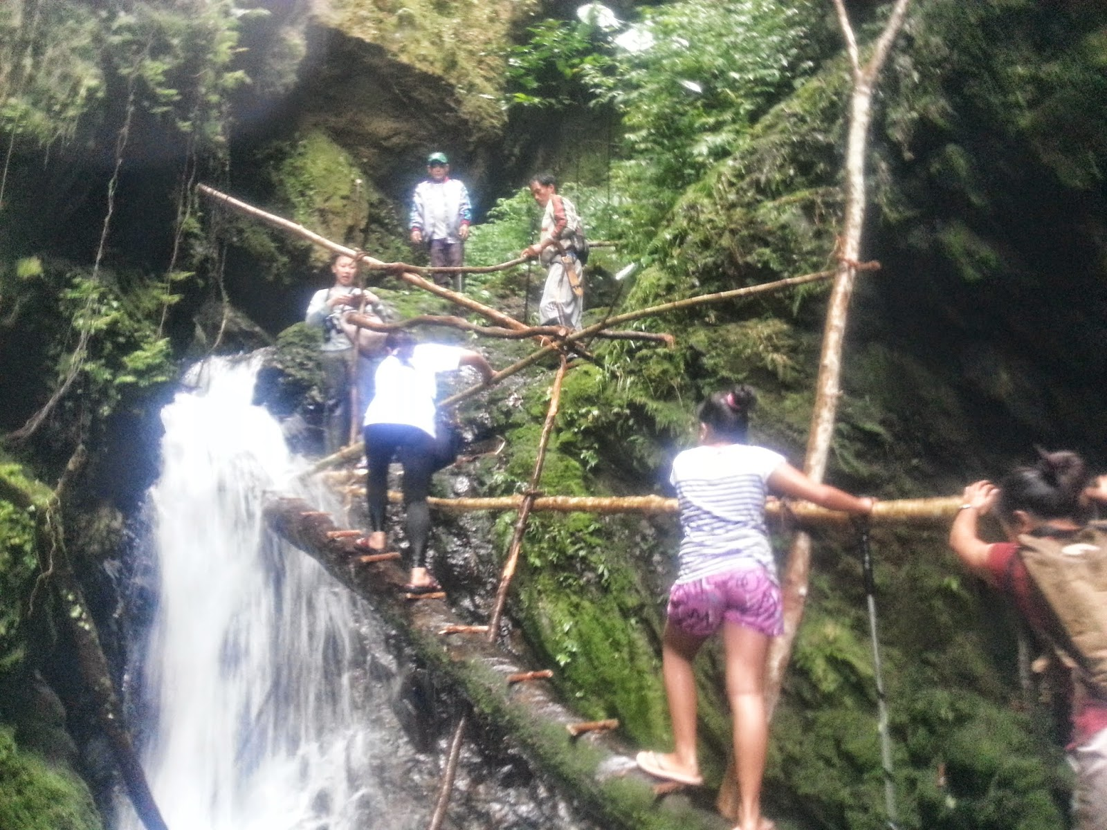 how get to ubot waterfalls