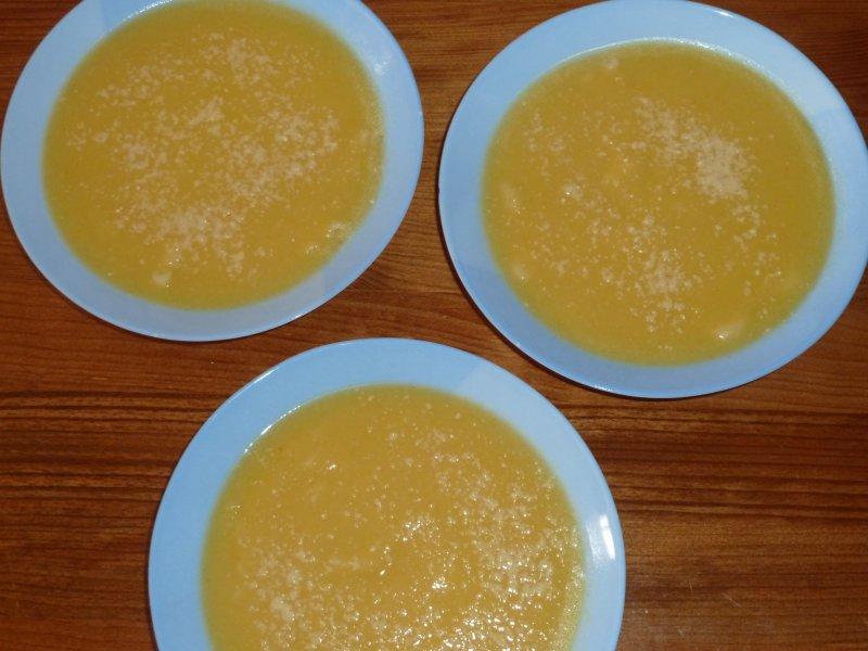 Sopa de couve chinesa