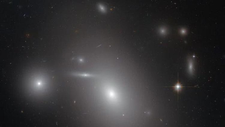 Hallan uno de los agujeros negros más masivos jamás encontrados