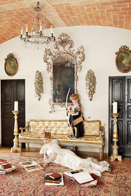 Gown Alberta Ferretti.