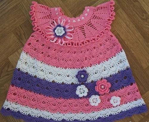 Cute dress for little girl - Free crochet diagram