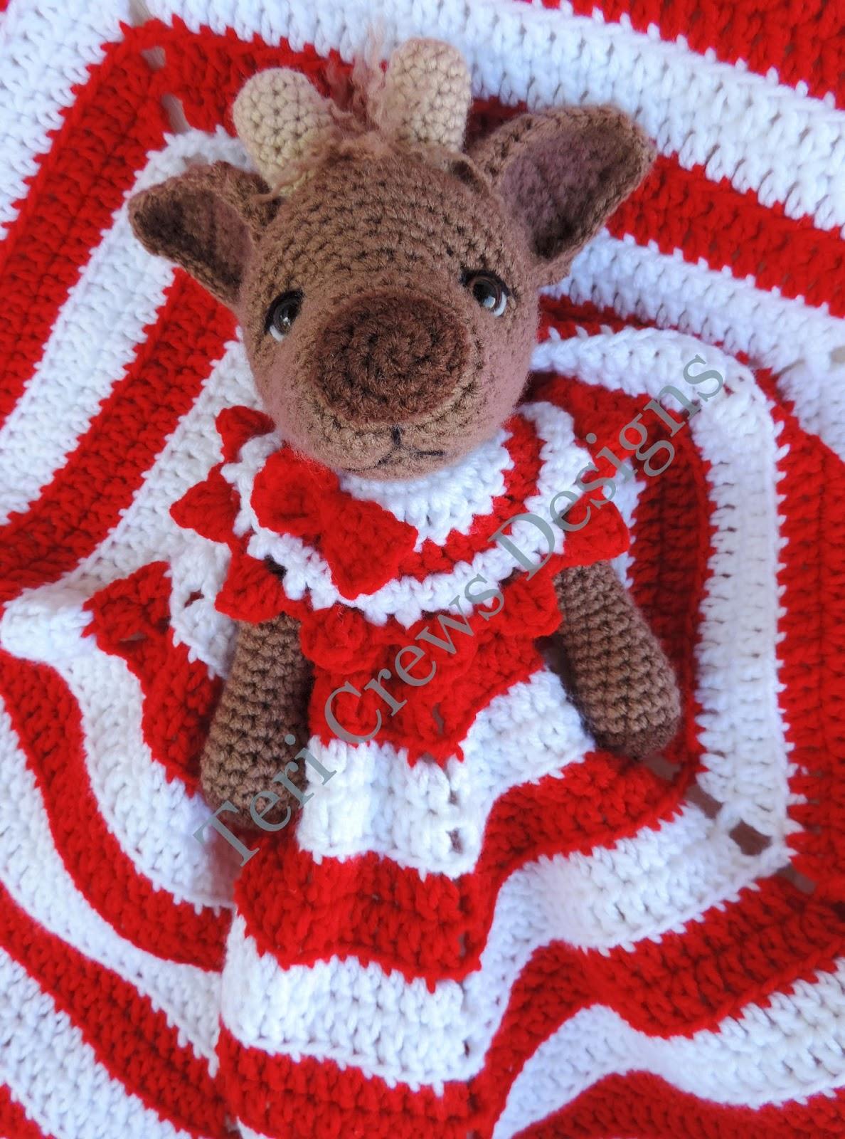 Teri\'s Blog: New Reindeer Huggy Lovey Blanket Pattern