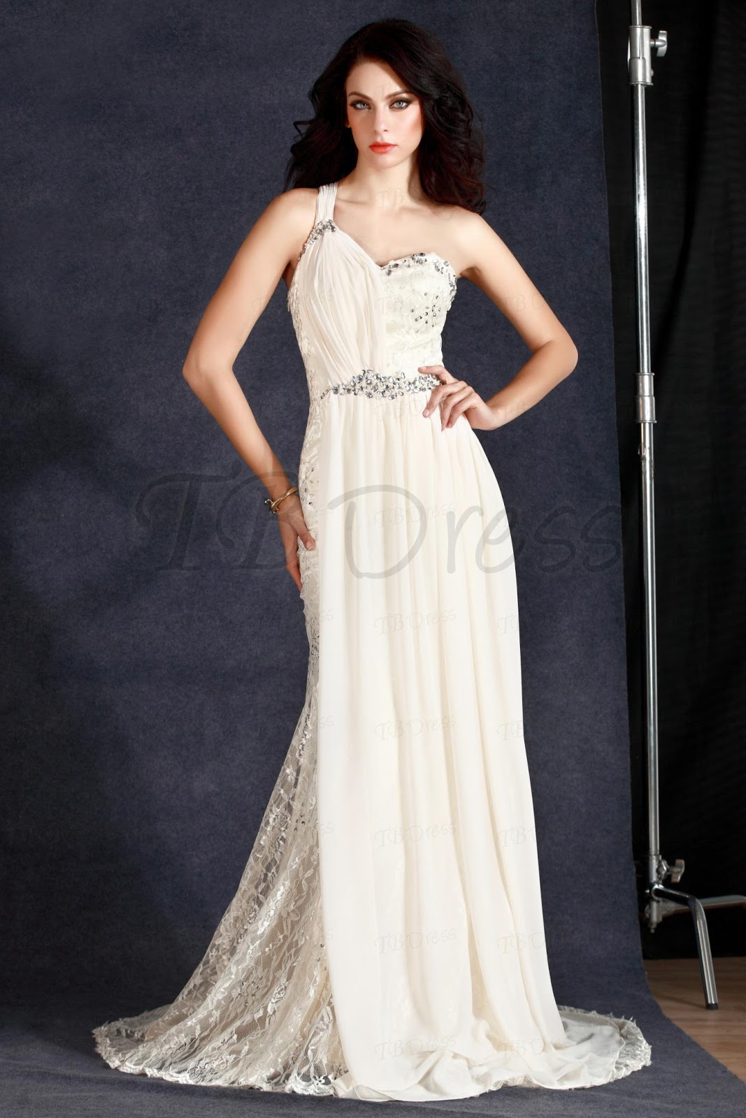 http://www.tbdress.com/product/Fashionable-A-Line-Floor-Length-One-Shoulder-Watteau-Train-Polinas-Evening-Dress-10161614.html