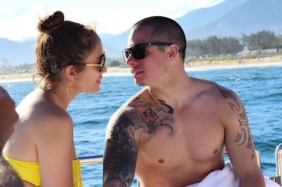 Дженифър Лопес отдавна е престанала да крие новият си млад любовник Каспър