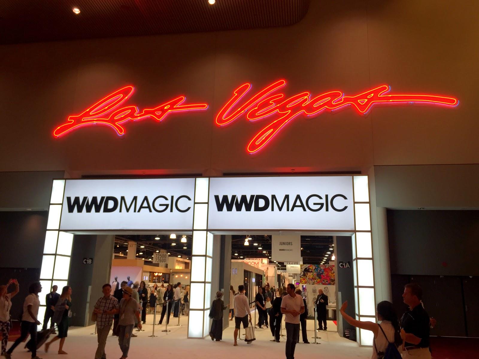 Las vegas magic trade show 2015 shamelessly fabylous for Pool trade show magic