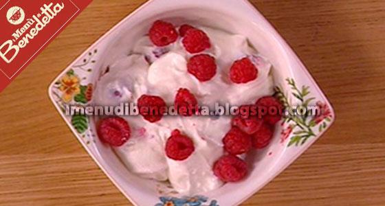 Dessert Veloce di Ricotta e Lamponi di Benedetta Parodi