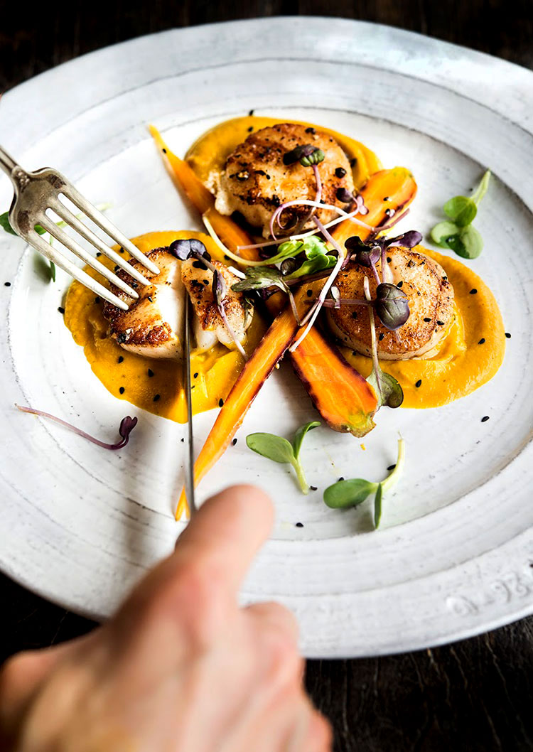 Vadouvan Carrot Puree with Seared Scallops – WILD GREENS ...