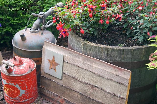 Barn Wood & Barbed Wire Flag Tutorial www.organizedclutter.net