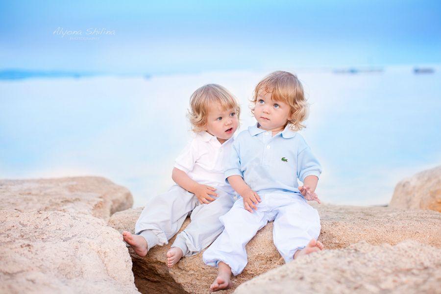 8. Twins by Alyona Shilina