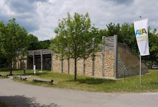 Archäologiepark Altmühltal: Nachbau eines Keltentores an der Gronsdorfer Schleuse