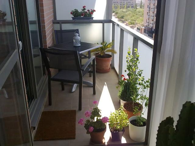 Ad la casa - Terrazas pequenas ikea ...
