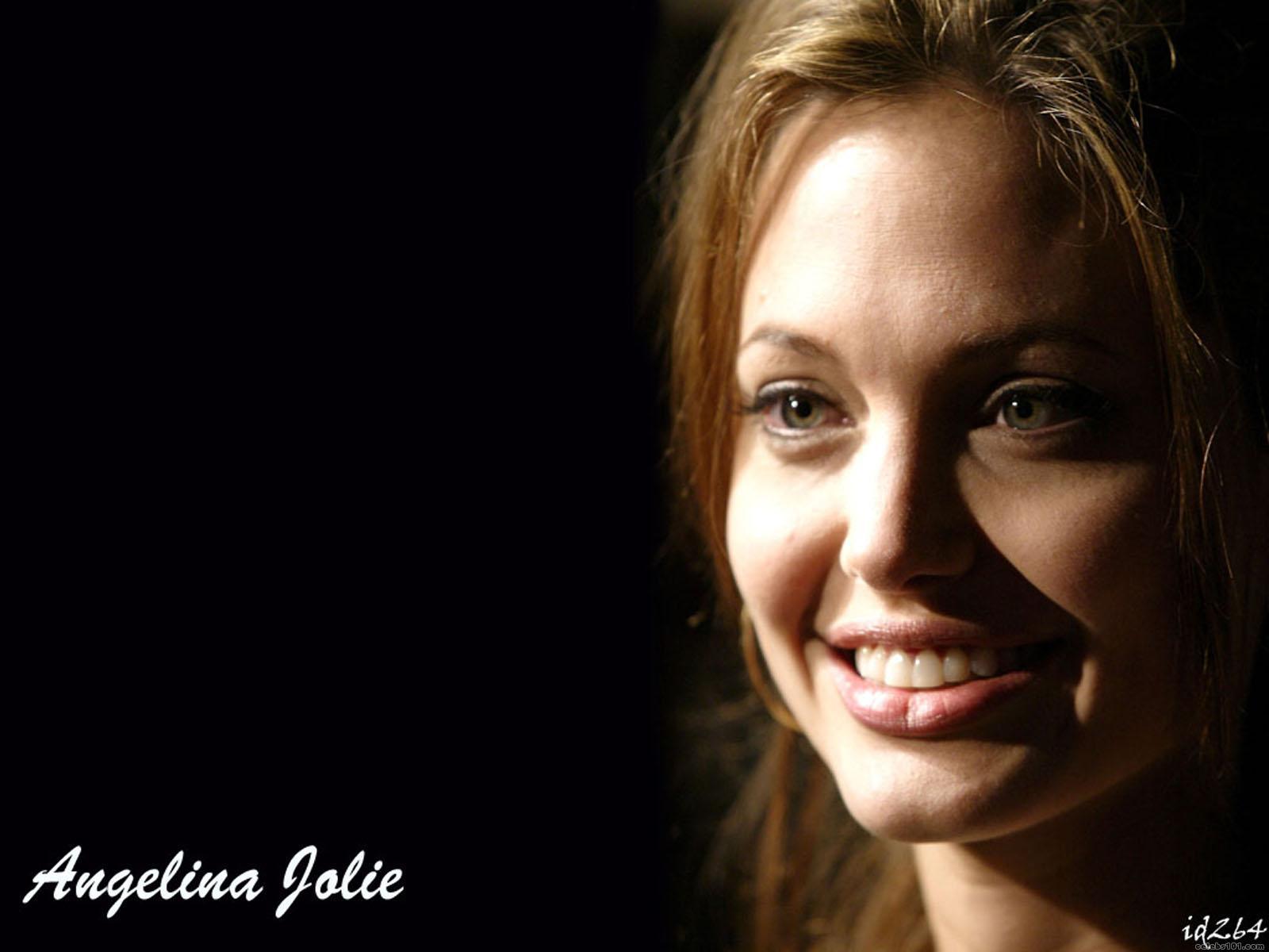 wallpaperstopick angelina jolie