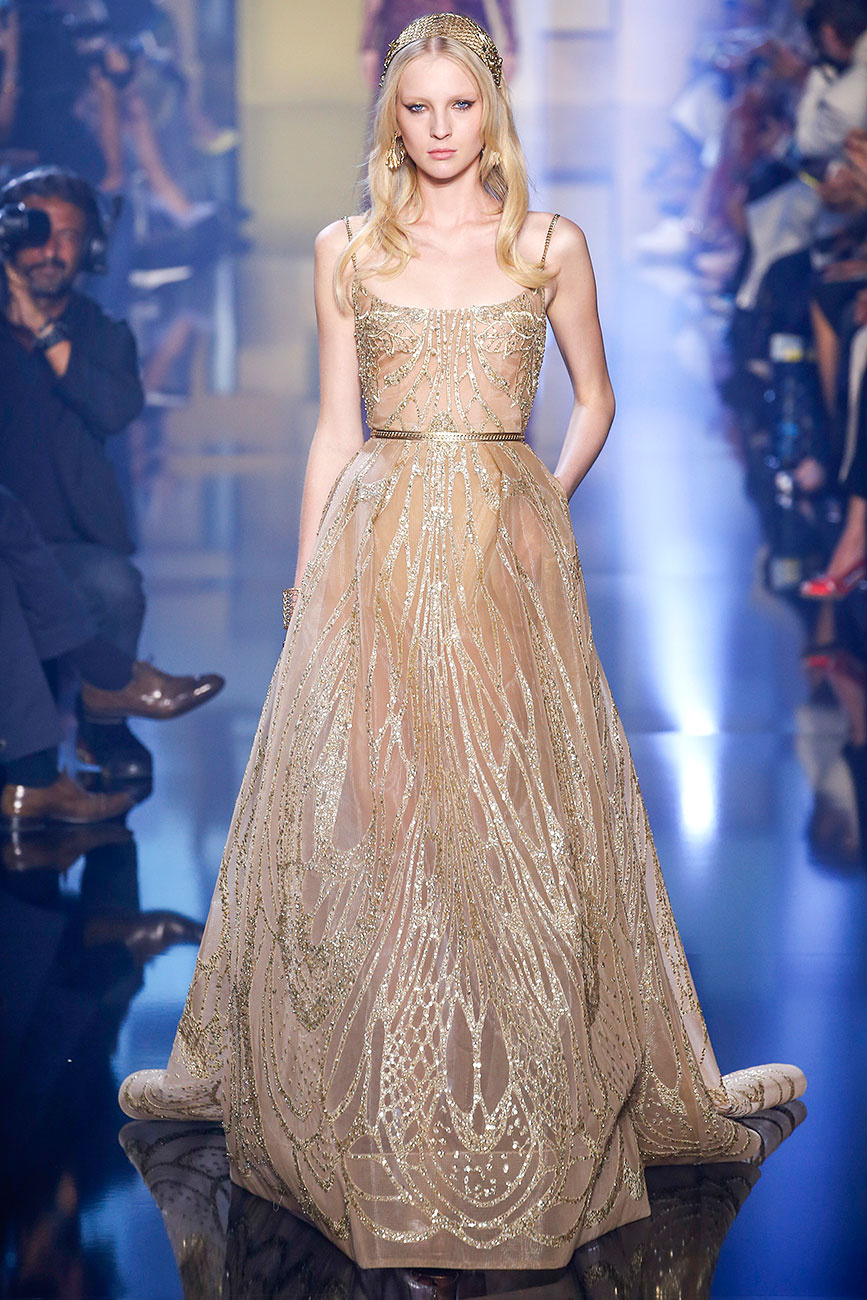 Fashion runway elie saab fall winter 2015 2016 couture for Haute couture 2015