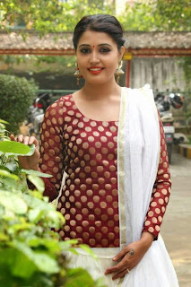 Tamil Actress Sandra Amy Picture Gallery at Thoppi Movie Audio Launch 5.JPG