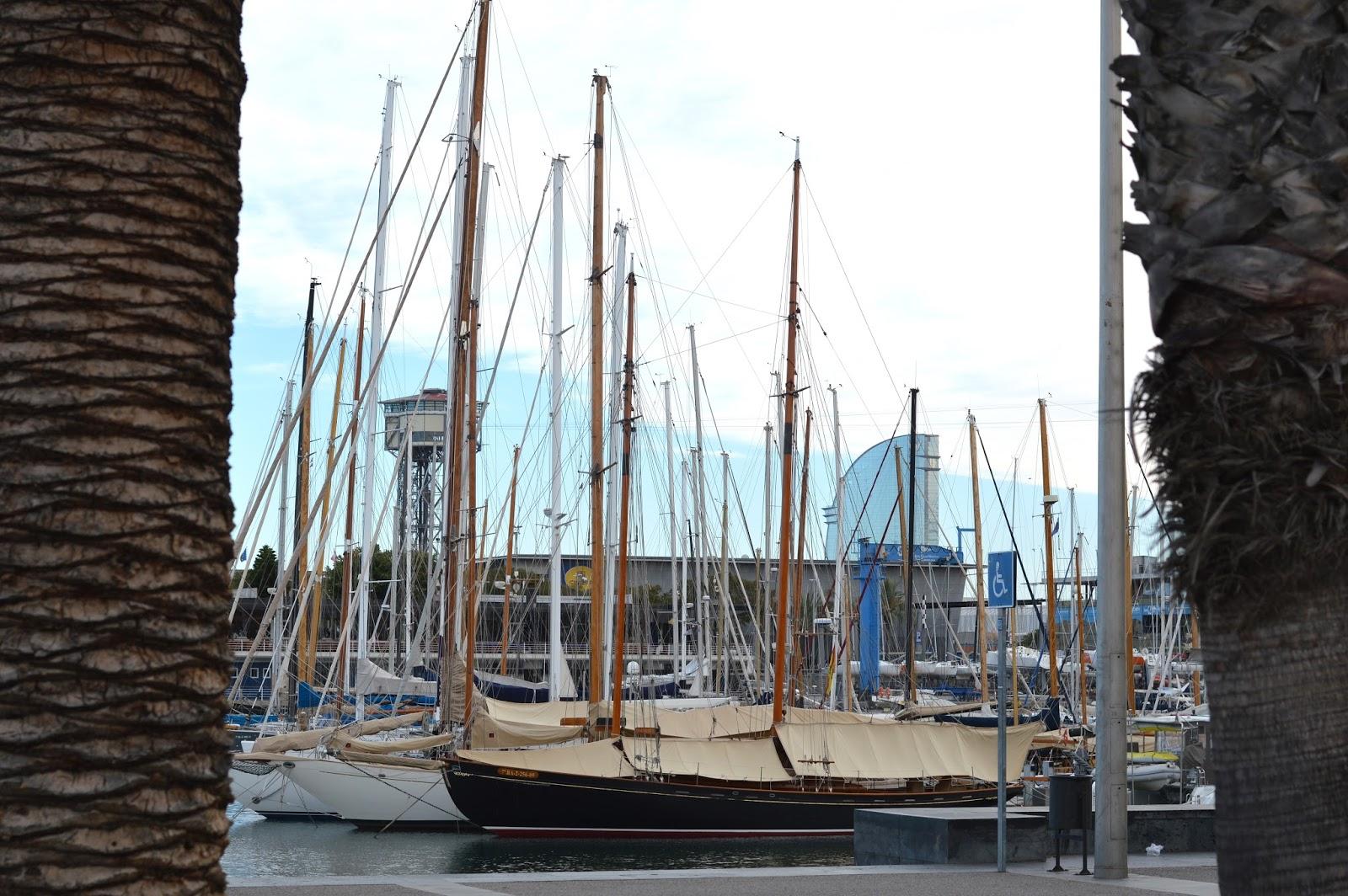 Barcelona marina travel