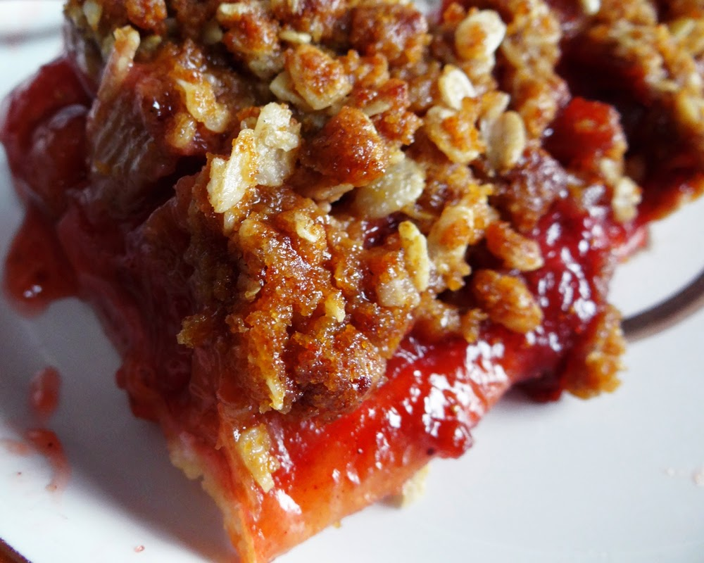 Strawberry Rhubarb Pie With Ginger Crumb Topping Recipes — Dishmaps