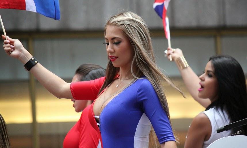 desfile dominicana - mujer dominicana
