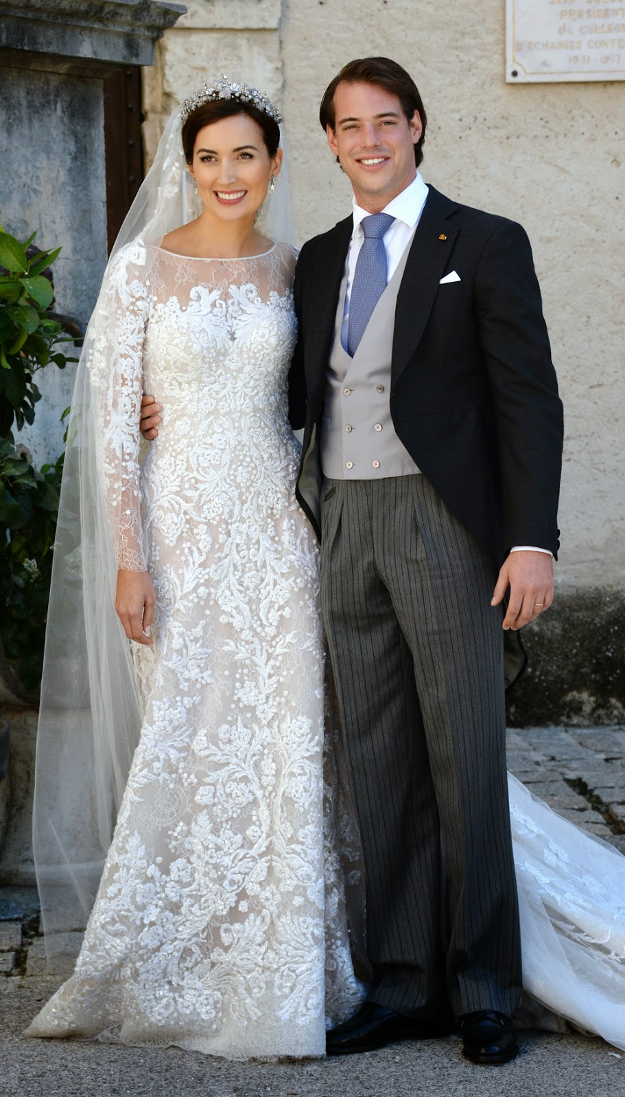 Photo Annechristine Poujoulat Afp: Princess Claire Wedding Dress At Websimilar.org