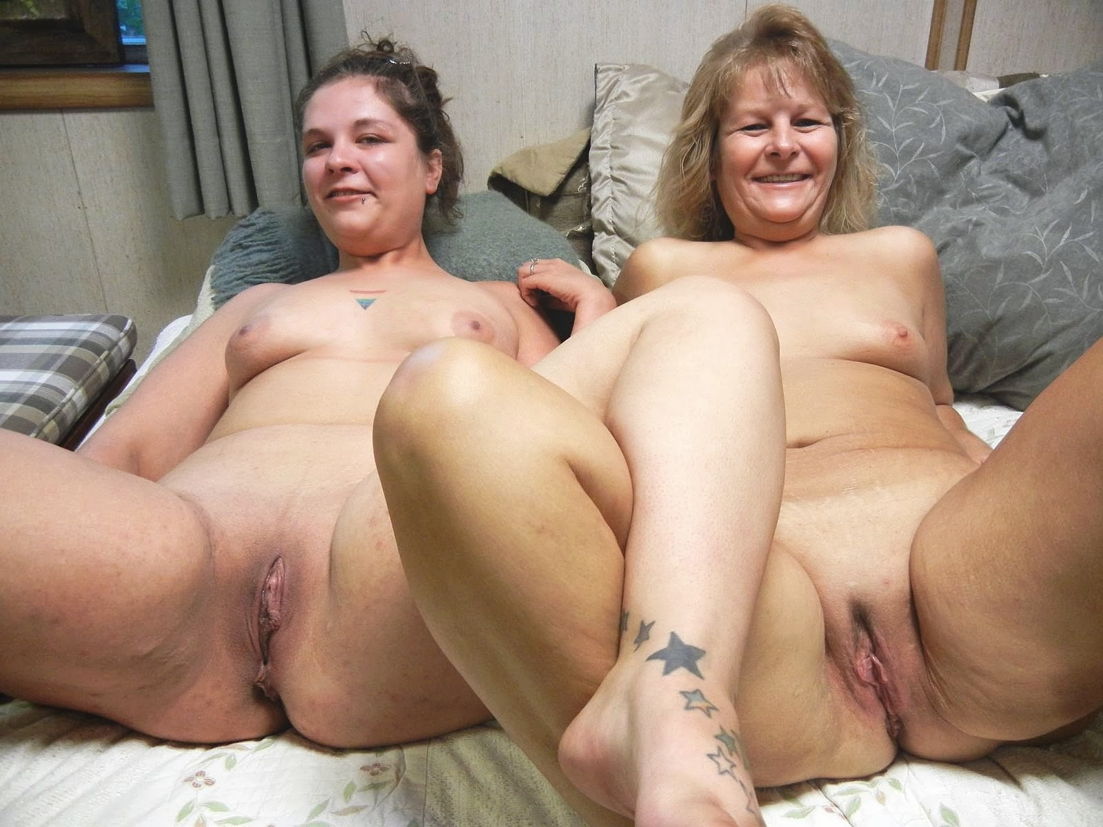mother and daughter pussy pic
