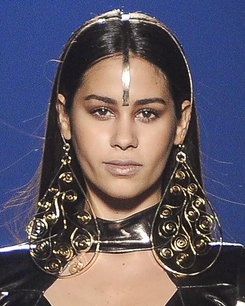 Headpieces de Karin Reiter para Walério Araújo