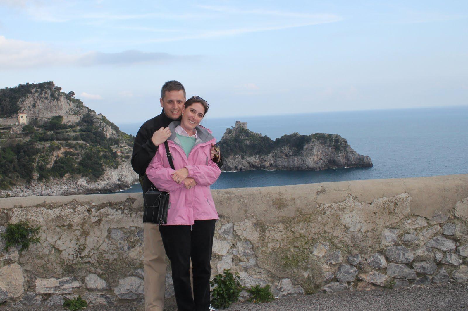 http://1.bp.blogspot.com/-xjwvCxB4BNg/Tagso3JnH0I/AAAAAAAAA_c/XBbPBHiX7tA/s1600/Amalfi+Coast%252C+Nathan+and+Stephanie.JPG