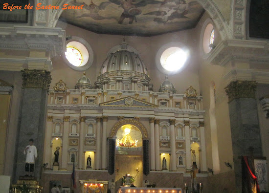Altar of Binondo Church