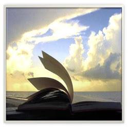 La Biblia al toque de un Click