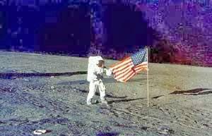 Misteri pendaratan pertama di bulan apollo 11 uniksekali97.blogspot.com