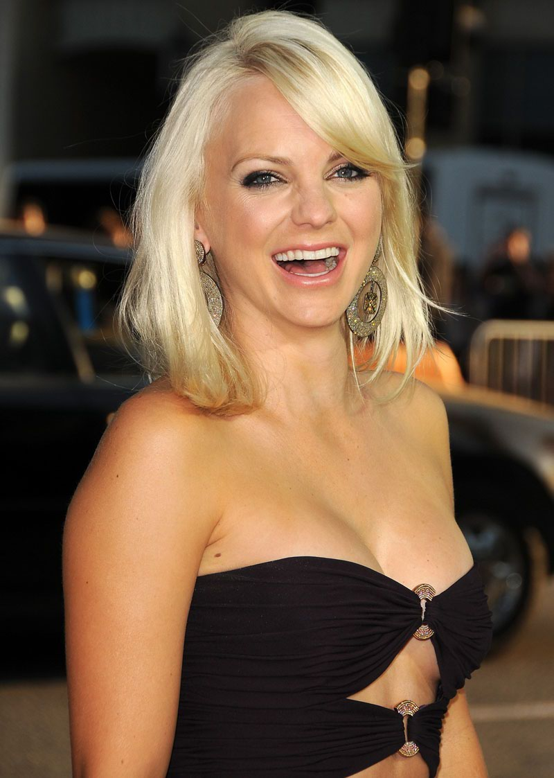 Anna Faris High Quality Wallpapers Picture
