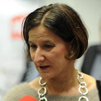 «Τι θέλει, οι Έλληνες να πνίγουν πρόσφυγες;» Αυστριακή εφημερίδα «τα χώνει» στην αυστριακή ΥΠΕΣ