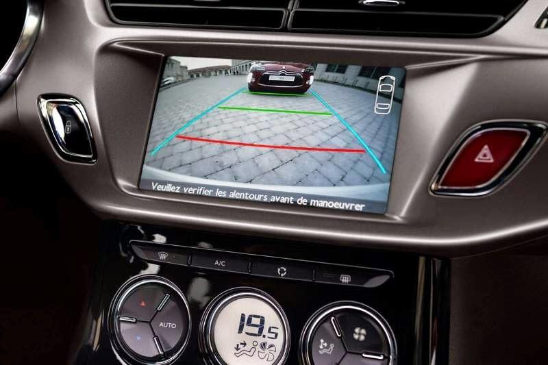 Novo Citroen Ds3 interior painel 2015