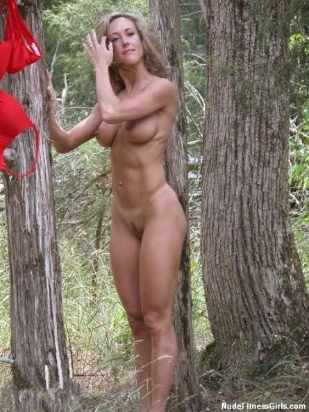 Взрослые женщины голые фото