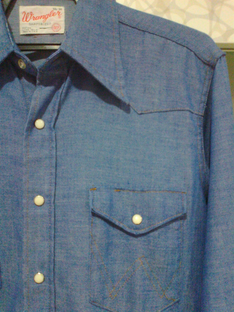 baa5aa24ad Longhorn s Vintage Clothing   SOLD  Vintage Wrangler Chambray ...