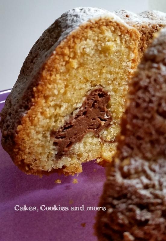 Gugelhupf mit Cheesecake-Füllung