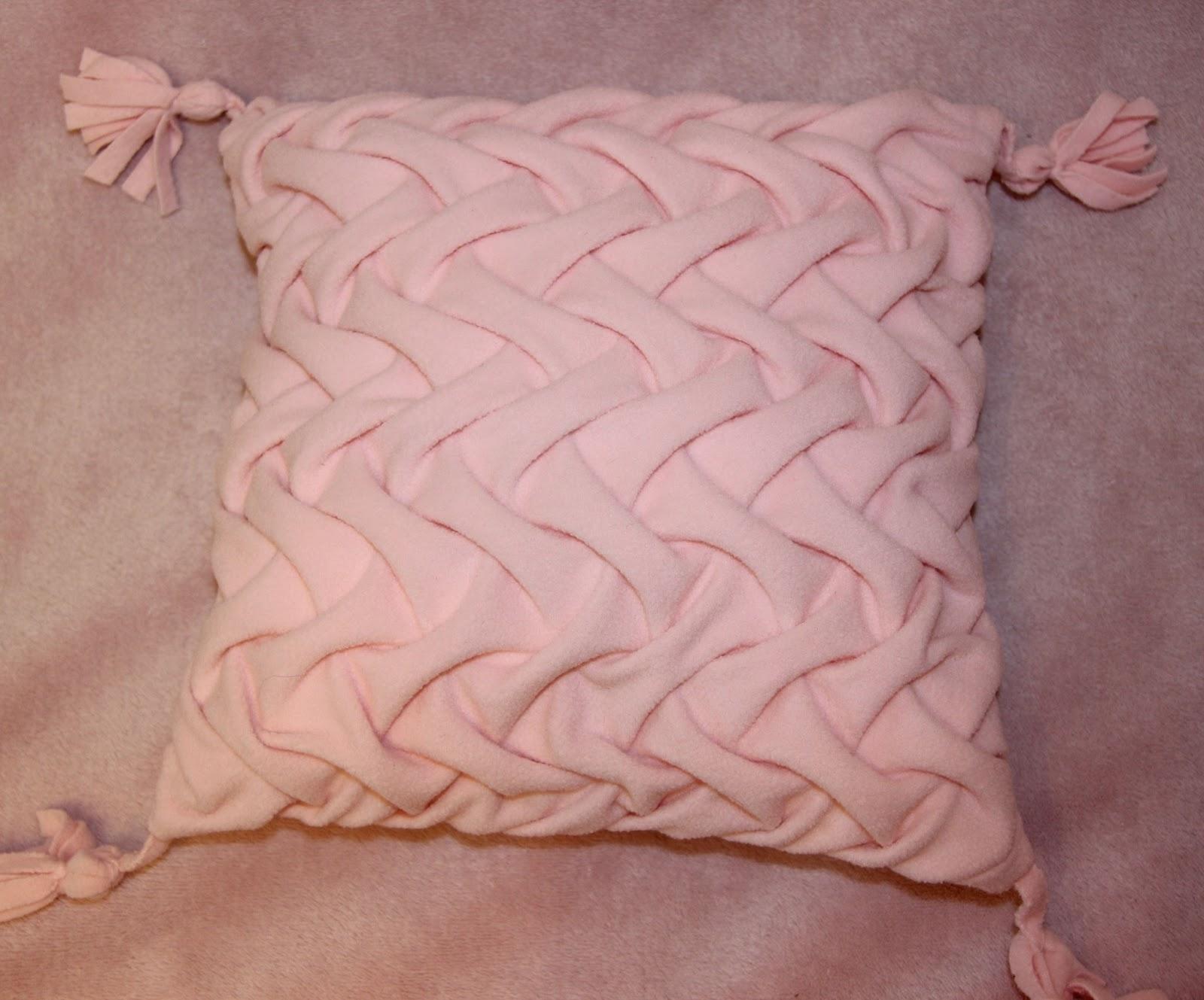 Декоративные подушки 80