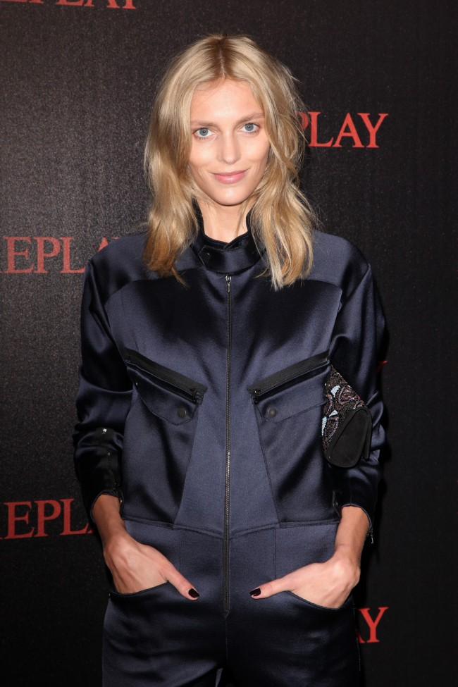 Anja Rubik At The Cruel Summer Presentation Amp More The