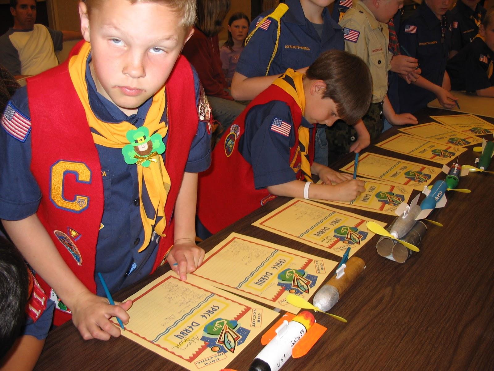 akela's council cub scout leader training: cub scout space derby ideas