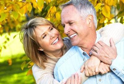 الحب للمتقدمات في العمر أيضاً  - حب كبار السن - old people in love