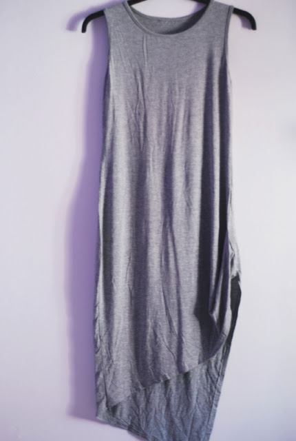 http://www.romwe.com/Round-Neck-Sleeveless-Asymmetrical-Dress-p-116215-cat-664.html?utm_source=pomaranczowa-pomarancz.blogspot.com&utm_medium=blogger&url_from=pomaranczowa-pomarancz#_=_