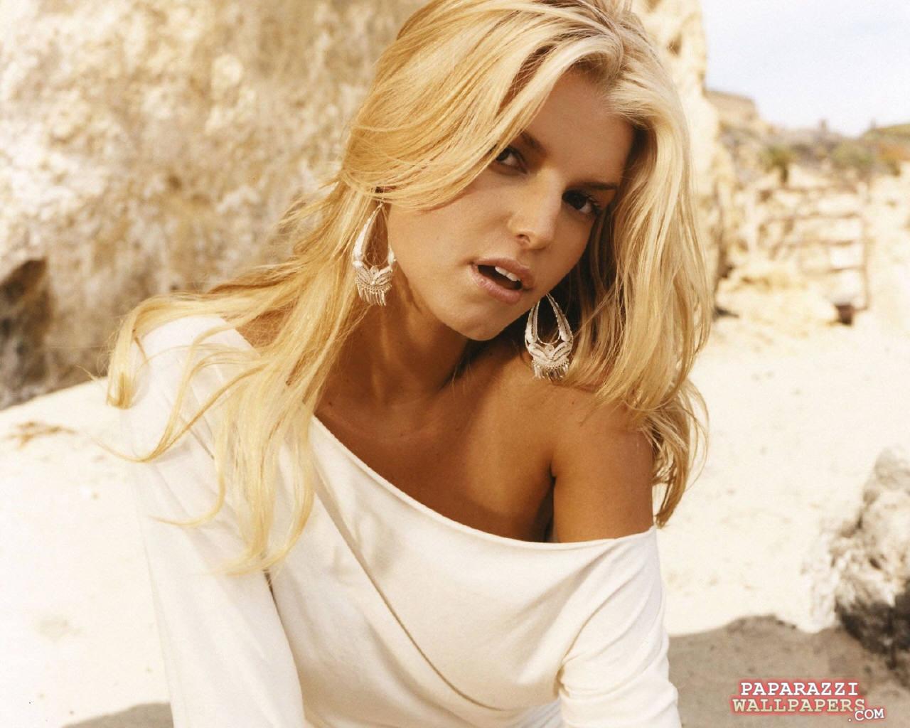 http://1.bp.blogspot.com/-xlxwPUlwczk/T93UWEJ5W5I/AAAAAAAABWI/jFwQGt7j-H8/s1600/Jessica+Simpson+HD+Wallpapers+5.jpg